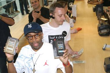 Apple iPhone, Spike Lee ya tiene los suyos