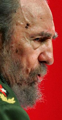 Michael Moore quiere a Fidel Castro en el Oscar