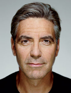 George Clooney, un mono que huele su trasero, 2 Girls 1 Cup y cuando las cosas comienzan a salir mal…