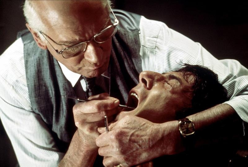 No, no es un típico chequeo dental de rutina, Marathon Man, un clásico de las películas sobre conspiraciones secretas