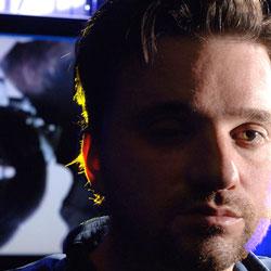 Eyeborg, el hombre con la cámara de video en su (cine) ojo