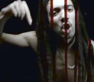 Rotten Town, de OneChot, un video musical que no te deja indiferente [actualizado]
